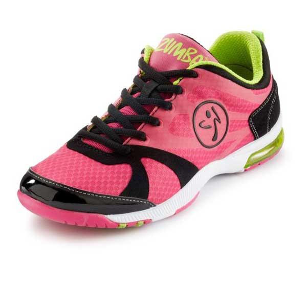 93761e146c38d Che differenze hanno le scarpe da zumba rispetto a delle normali scarpe da  palestra