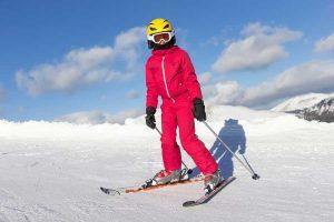 tuta da neve per sciare