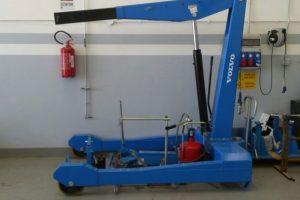 Gru idraulica manuale