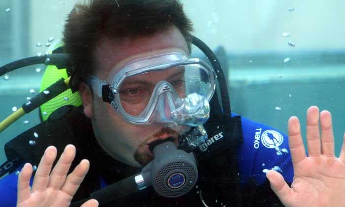 Erogatore sub per immersioni