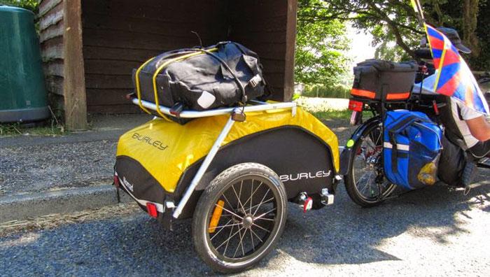 Rimorchio per bici portatutto
