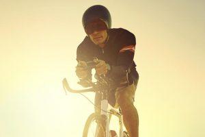 Occhiali da ciclismo: Meglio fotocromatici o classici? Guida alla scelta con classifica top5
